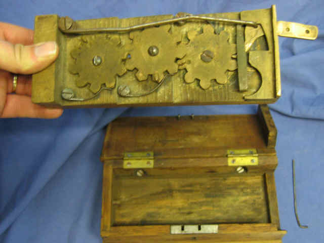 G. Westinghouse & Co. Wooden Box Tally Register Mechanical Tallier Schenectady, N.Y. Counter